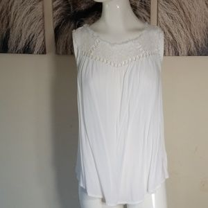 3/$24💟XHILIRATION Lace Trim Rayon Semi-Sheer Top
